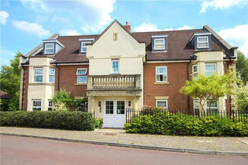 2 Bedrooms Apartment Flat for sale in East Hundreds, Fleet, GU51