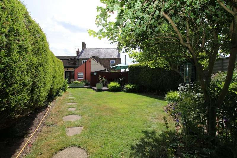 2 Bedrooms Cottage House for sale in New Street, Doddington, March