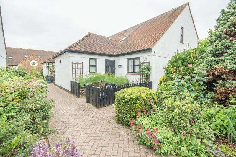 2 Bedrooms Terraced House for sale in Wingham