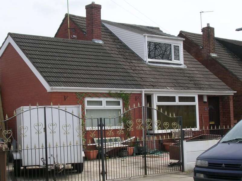 3 Bedrooms Detached House for sale in Wilton Grove, Heywood
