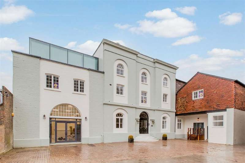 2 Bedrooms Flat for sale in Daveys Lane, Lewes, East Sussex