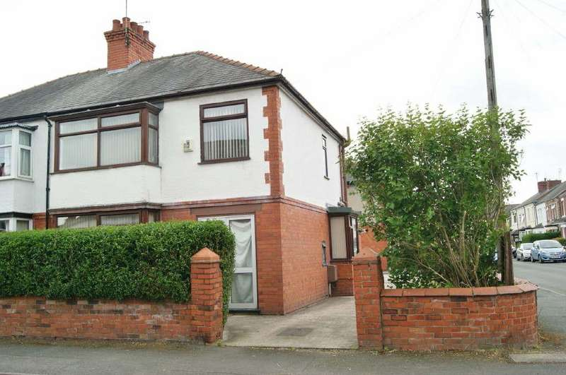 3 Bedrooms Semi Detached House for sale in Cunliffe Street, Rhosddu