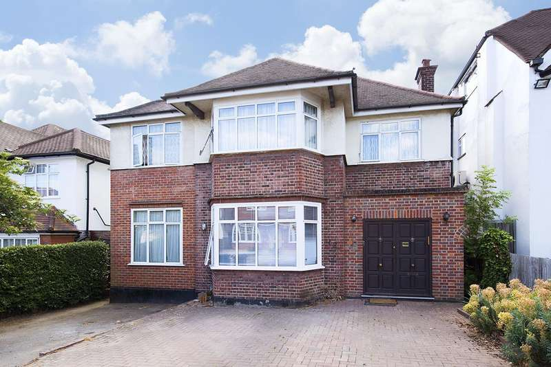 5 Bedrooms Detached House for sale in Park Way, NW11