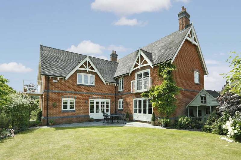 5 Bedrooms Detached House for sale in The Rickyard, Easenhall