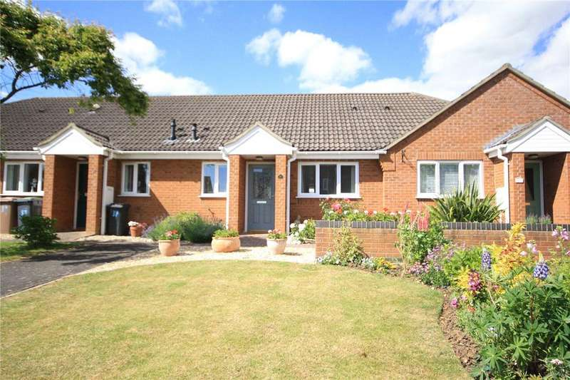 2 Bedrooms Terraced Bungalow for sale in Orchard Close, Great Hale, Sleaford, Lincolnshire, NG34