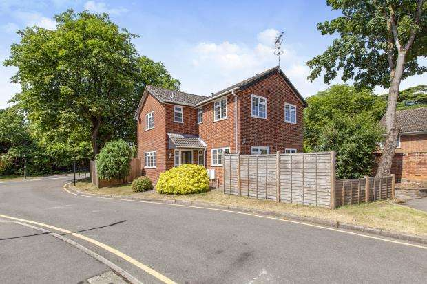 4 Bedrooms Detached House for sale in Maidenhead, Berkshire, United Kingdom