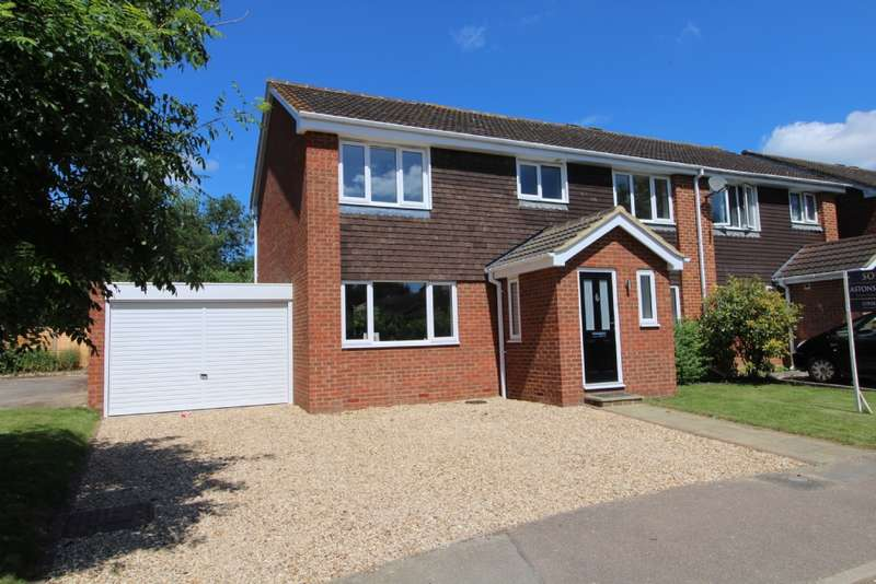 4 Bedrooms Semi Detached House for sale in Goldsmith Drive, Newport Pagnell, Buckinghamshire