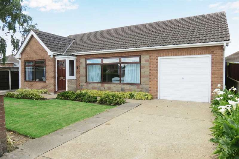 3 Bedrooms Detached Bungalow for sale in Carres Square, Billinghay