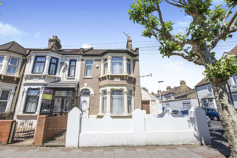 3 Bedrooms Terraced House for sale in Harold Road, London, E13