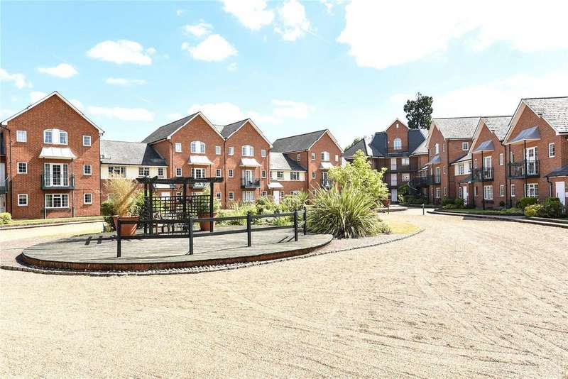 1 Bedroom Apartment Flat for sale in Knights Place, St. Leonards Road, Windsor, Berkshire, SL4