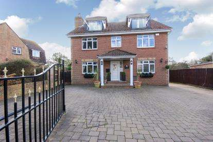 6 Bedrooms Detached House for sale in Marsh Road, Cowes, Isle Of Wight