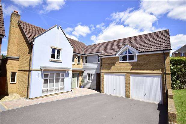 5 Bedrooms Detached House for sale in Loop Road, Mangotsfield, BRISTOL, BS16 9QS