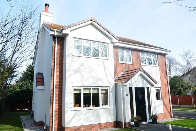5 Bedrooms Detached House for sale in Sandon Place, Blackpool, FY4 2PU