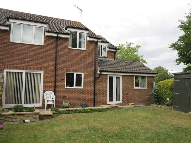 5 Bedrooms Detached House for sale in Hawedon Way, Lower Earley, Reading, Berkshire, RG6 3AP