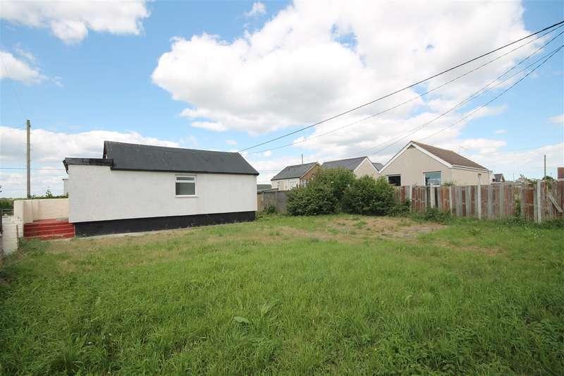 2 Bedrooms Bungalow for sale in Austin Avenue, Jaywick