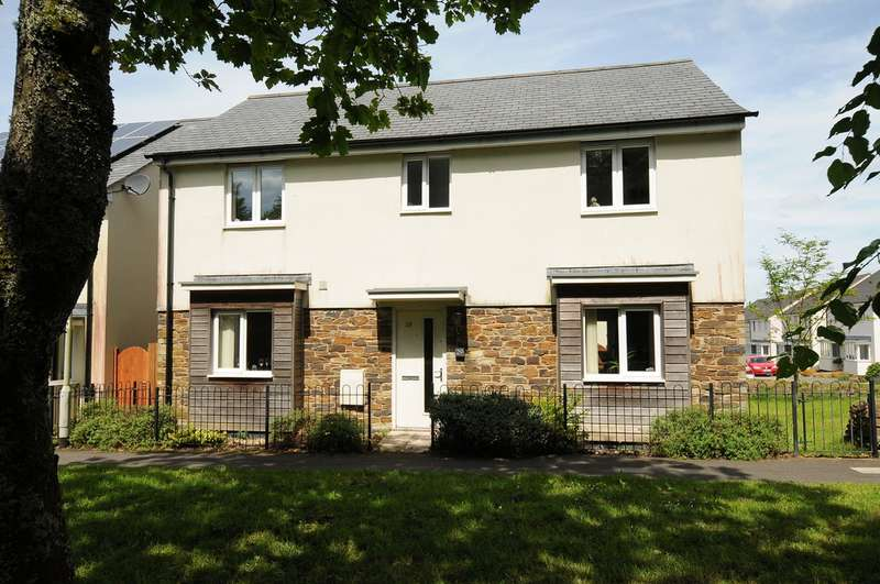 4 Bedrooms Detached House for sale in Lulworth Drive PL6