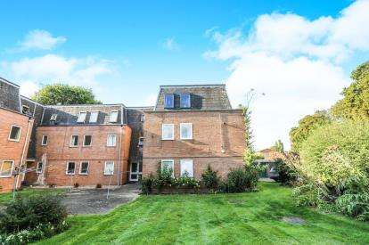 1 Bedroom Flat for sale in Grove Court, Arlesey, Bedfordshire, England