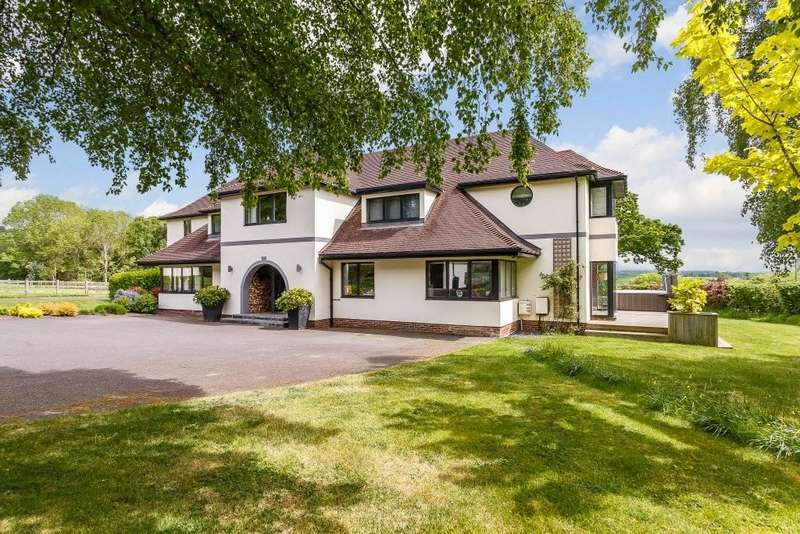 6 Bedrooms Detached House for sale in Tremeirchion