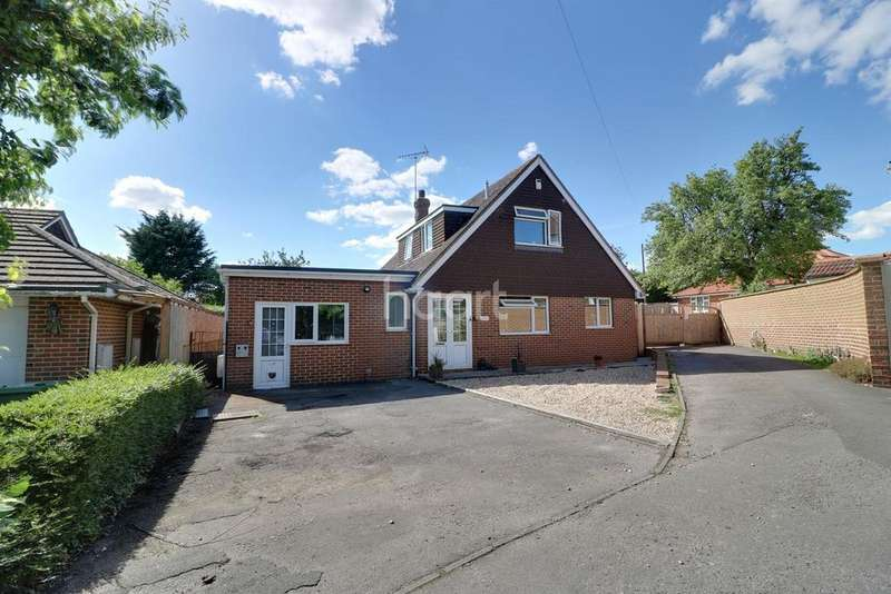 4 Bedrooms Detached House for sale in Liddington Street, Swindon, Wiltshire