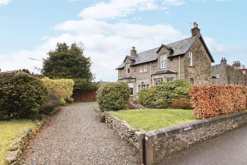 5 Bedrooms Detached House for sale in Cawdor Crescent, Dunblane, FK15