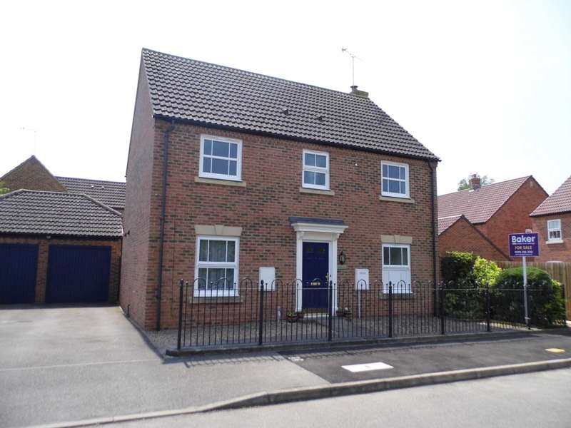 4 Bedrooms Detached House for sale in Fairford Leys