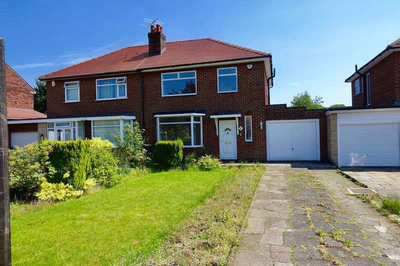 3 Bedrooms Property for sale in Chester Avenue, Chorley