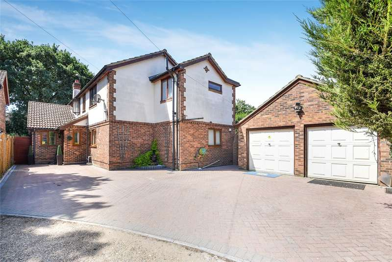 5 Bedrooms Detached House for sale in Frodsham Way, Owlsmoor, Sandhurst, Berkshire, GU47