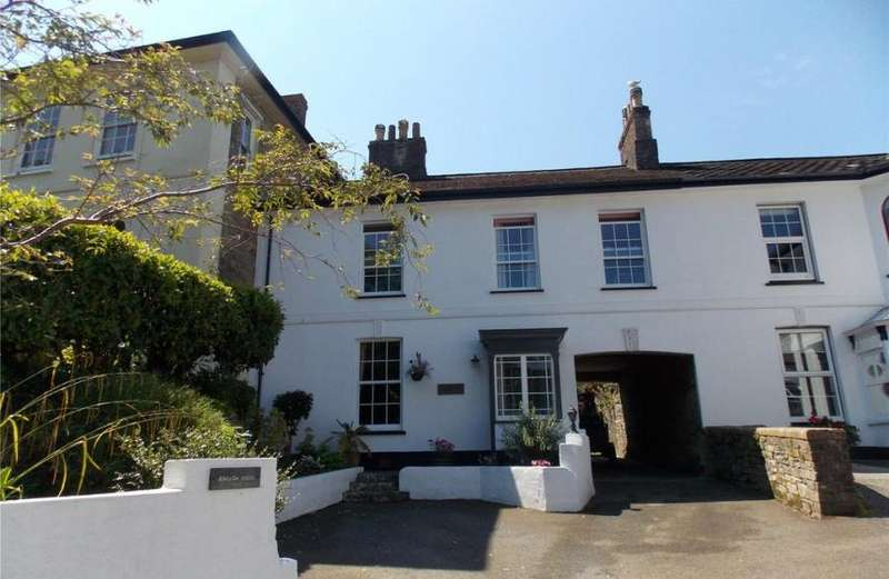 4 Bedrooms Property for sale in Liskeard