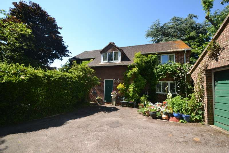 4 Bedrooms Detached House for sale in Shillingstone