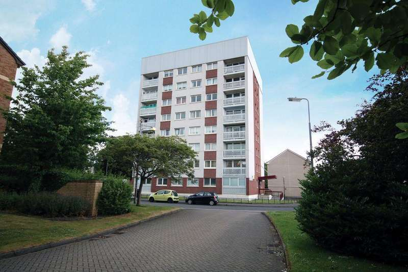 2 Bedrooms Flat for sale in 5/4, 42 Northland Drive, Scotstoun, Glasgow, G14 9BD