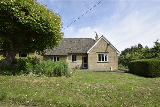 3 Bedrooms Detached Bungalow for sale in The Rise, Shipton Oliffe, Cheltenham, Gloucestershire