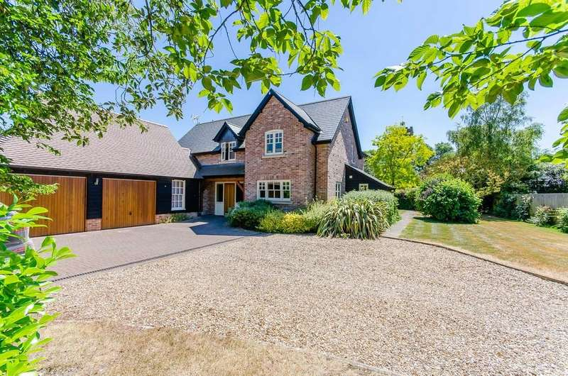4 Bedrooms Detached House for sale in Brookside, Exning