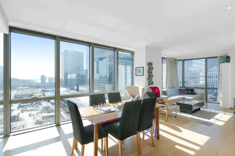 2 Bedrooms Flat for sale in Hertsmere Road, Canary Wharf, E14