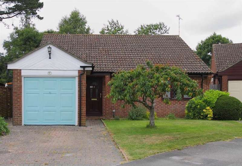 3 Bedrooms Bungalow for sale in Meadow View, Whitchurch