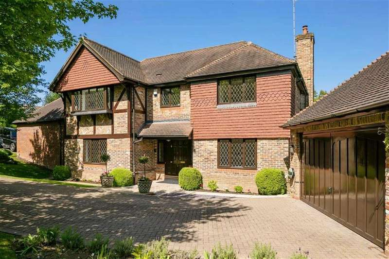 5 Bedrooms Detached House for sale in Oakwell Drive, Northaw, Hertfordshire