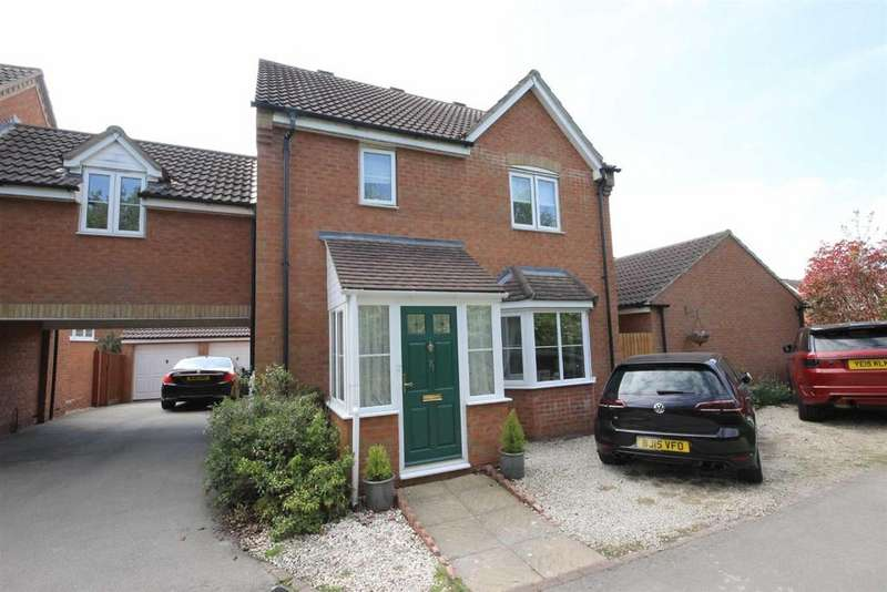 4 Bedrooms Link Detached House for sale in Spriggs Close, Clapham