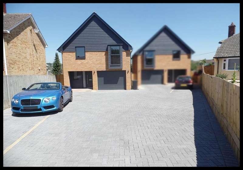 4 Bedrooms Detached House for sale in Lion Close, Overton , Basingstoke RG25