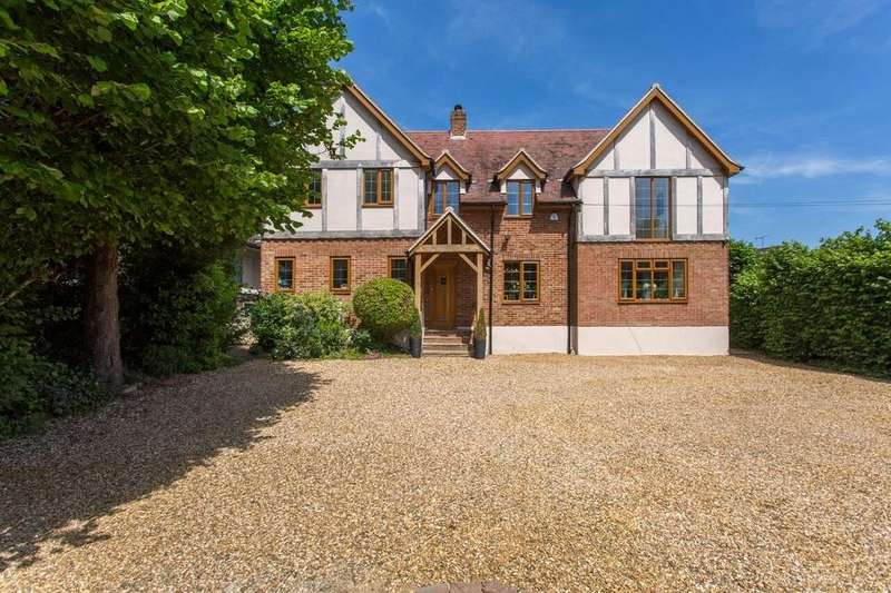 4 Bedrooms Detached House for sale in Outings Lane, Doddinghurst, Brentwood, Essex, CM15