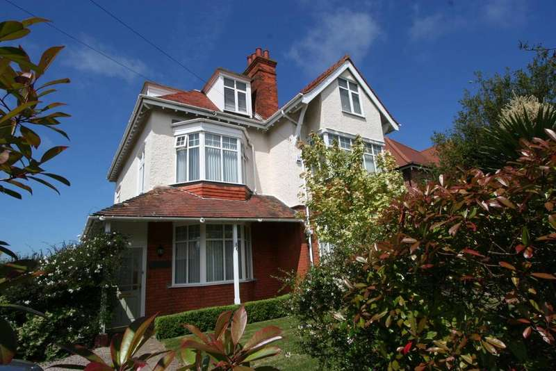 5 Bedrooms Detached House for sale in Connaught Avenue, Frinton-On-Sea