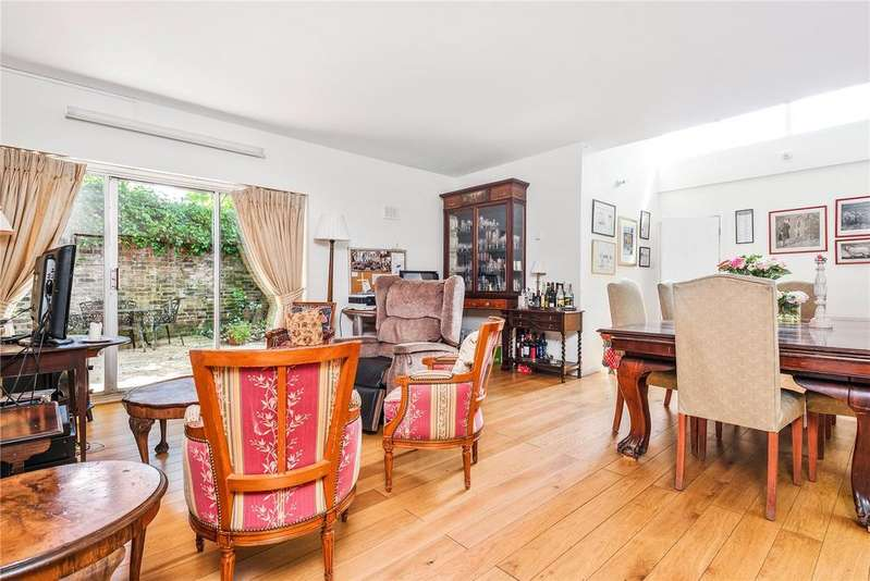 3 Bedrooms Detached Bungalow for sale in The Courtyard, Barnsbury Terrace, London, N1