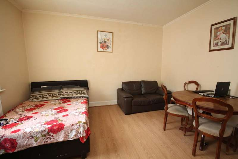 2 Bedrooms Terraced House for sale in Well I'th Lane, Rochdale