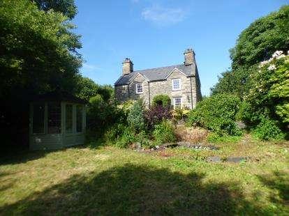 3 Bedrooms Detached House for sale in Minffordd, Penrhyndeudraeth, Gwynedd, LL48