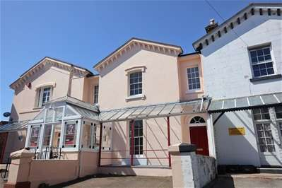 5 Bedrooms Terraced House for sale in Bishops Place, Paignton
