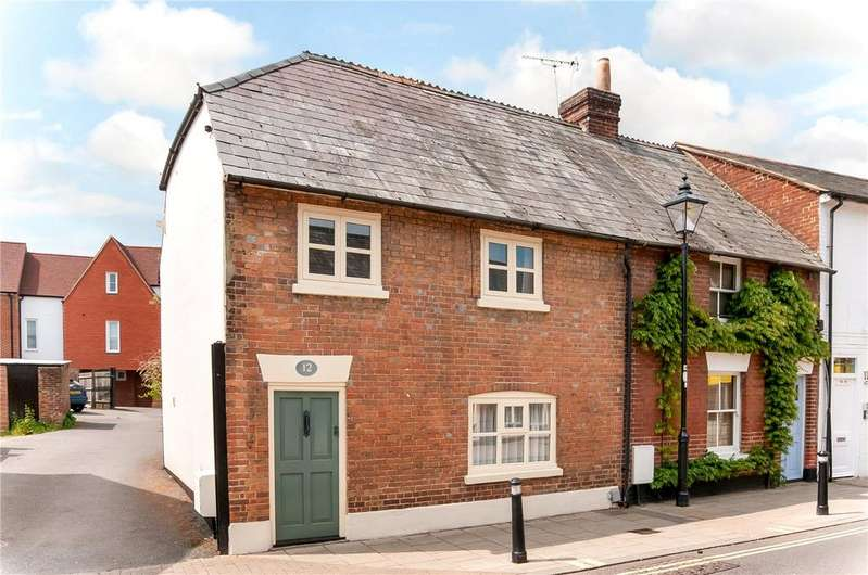 3 Bedrooms End Of Terrace House for sale in Latimer Street, Romsey, Hampshire, SO51