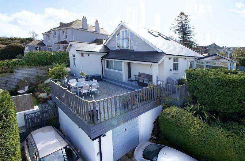 4 Bedrooms Detached Bungalow for sale in Holwell Road, Brixham