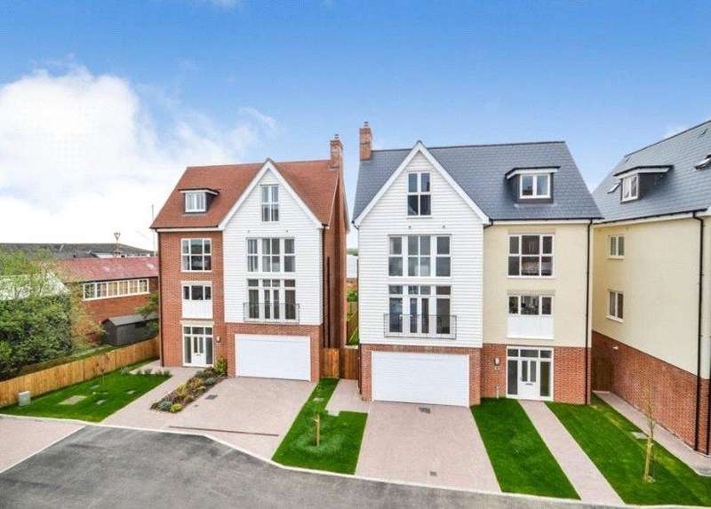 5 Bedrooms Detached House for sale in Plot 13 Remembrance Avenue, Burnham-on-Crouch, Essex