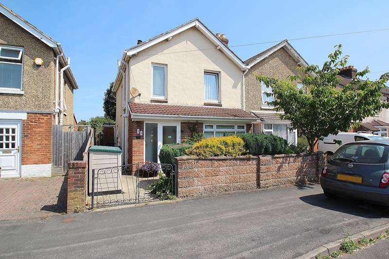3 Bedrooms Semi Detached House for sale in Elms Road, Fareham
