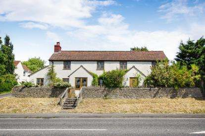 4 Bedrooms Detached House for sale in Shortwood Hill, Shortwood, Bristol