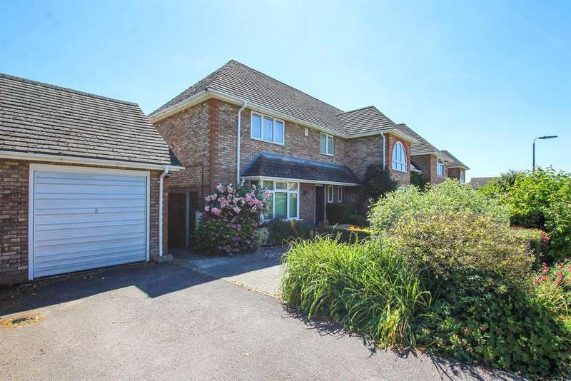 3 Bedrooms Semi Detached House for sale in The Nurseries, Eaton Bray