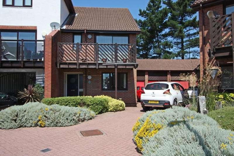3 Bedrooms Town House for sale in Newlyn Way, Port Solent